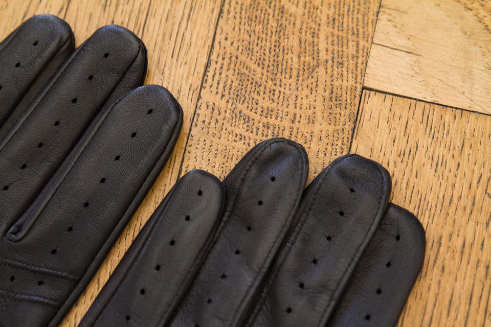 dents-leather-gloves-details