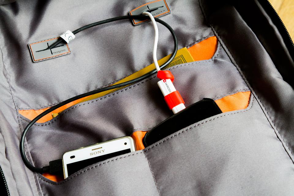 interieur-cables-sac-hedgren