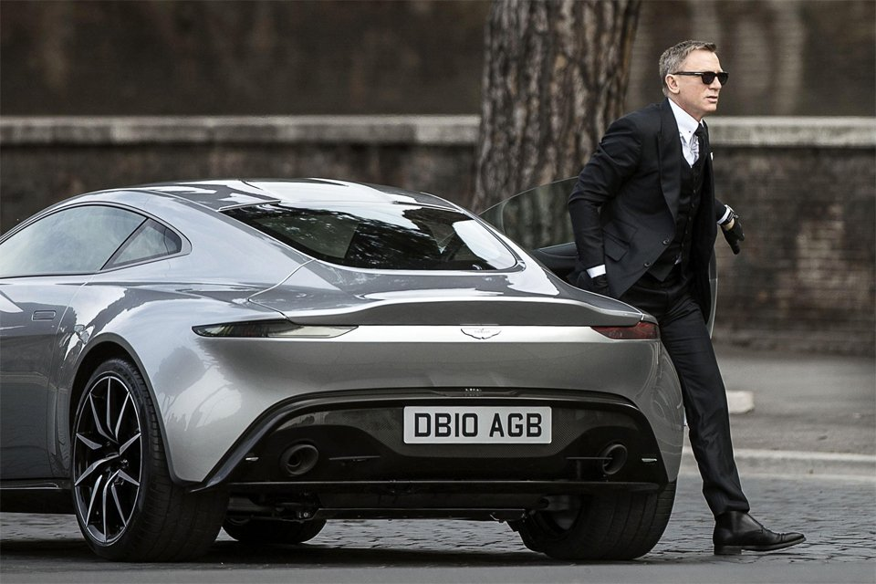 james bond spectre aston martin rome