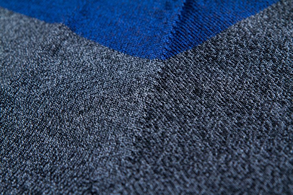 pull-jagvi-detail-bicolore