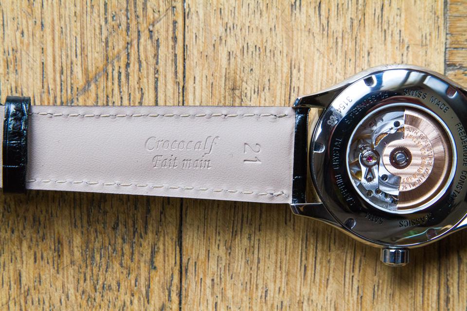 bracelet-crococalf-crocodile-montre