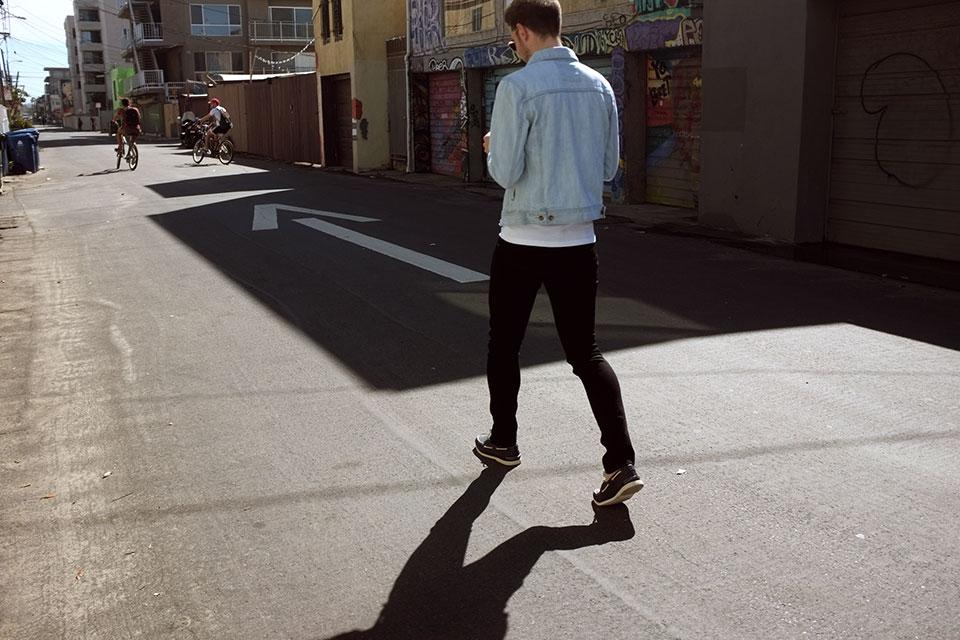 Venice_Los Angeles Vest Saturday surf Jeans Nudie