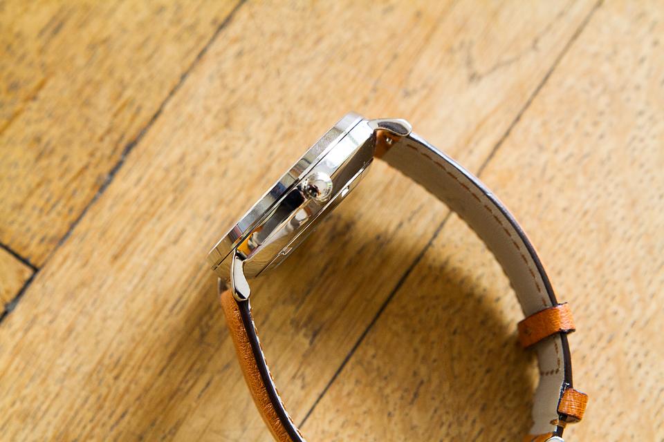 Epaisseur montre Charlie Watch