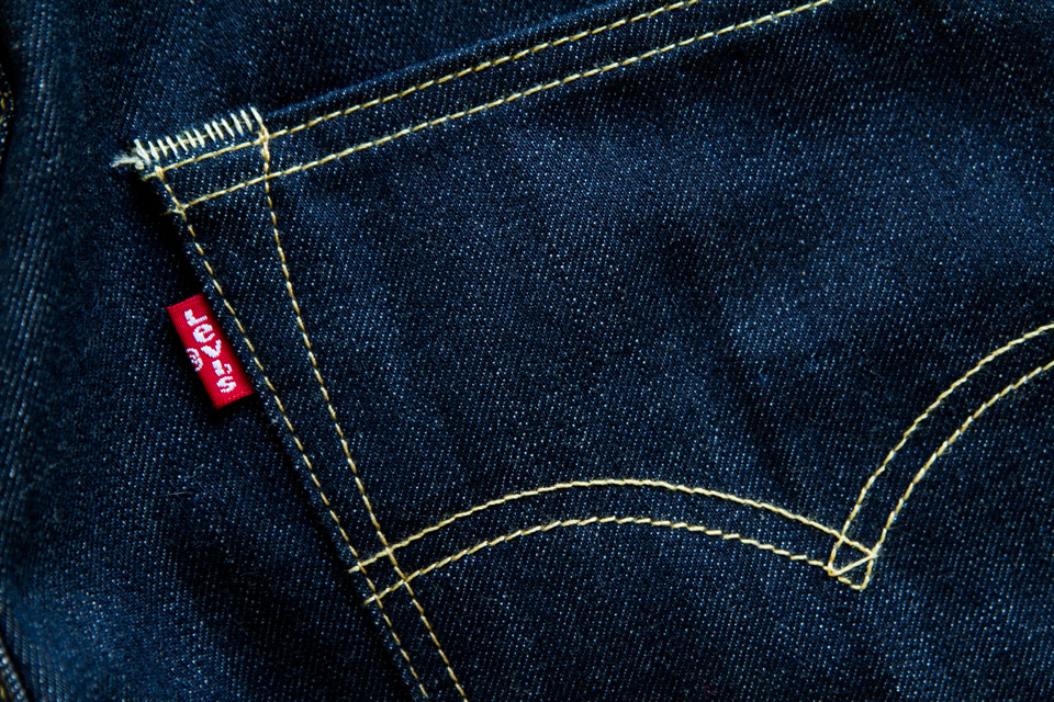 levis-red-tab-picture
