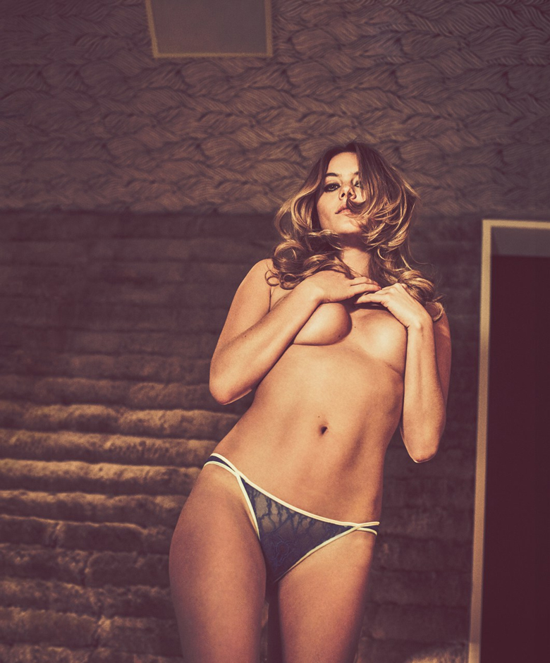 camille-rowe-naked