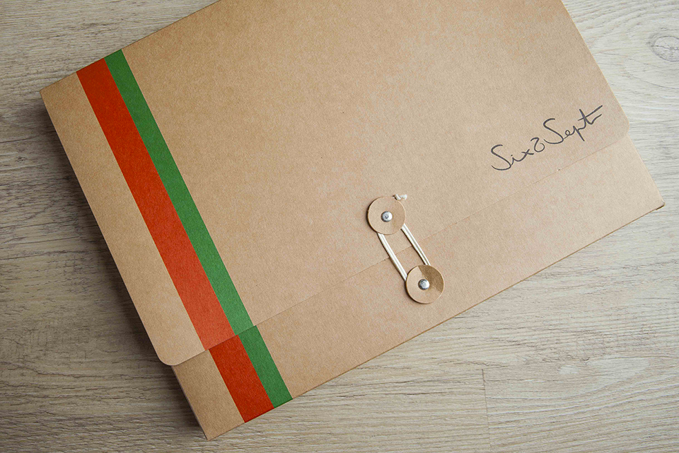 Cardigan Six Sept Packaging