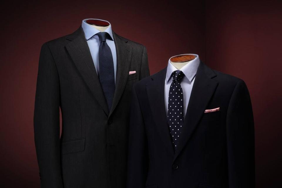 10 marques de cravates conna tre. Black Bedroom Furniture Sets. Home Design Ideas