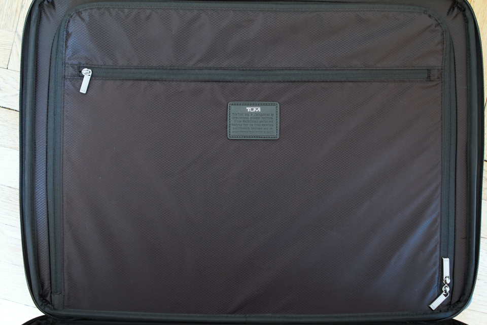 tumi-tegra-lite-zip-compartment
