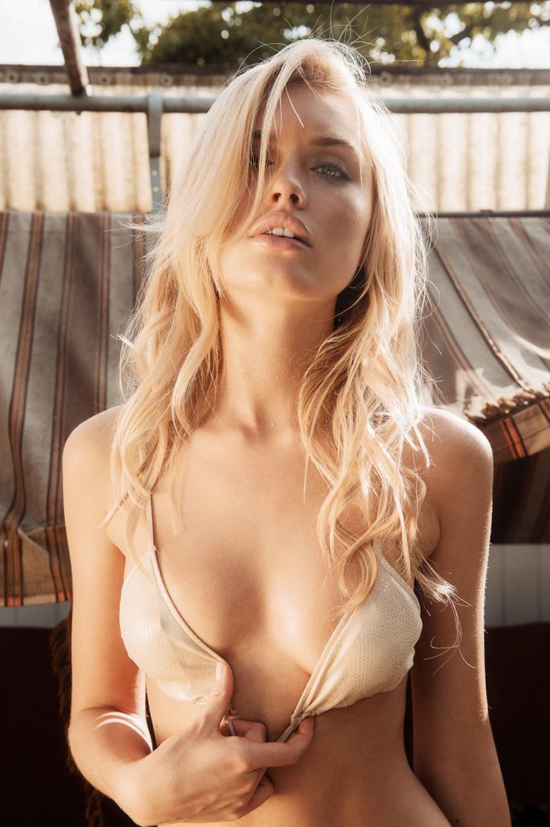 Alberte Valentine model pictures
