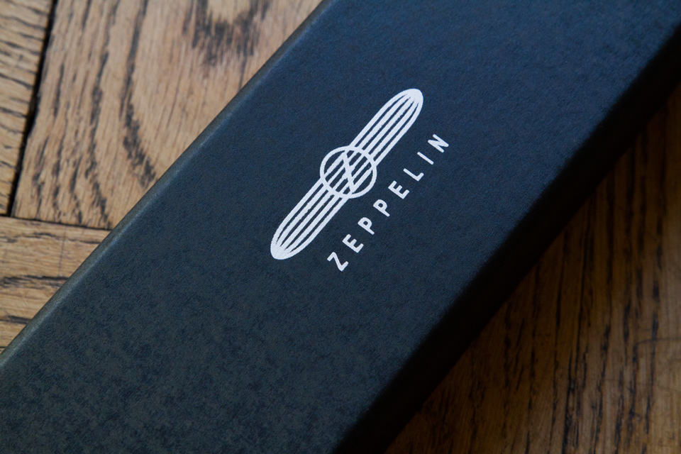 Zeppelin montre logo
