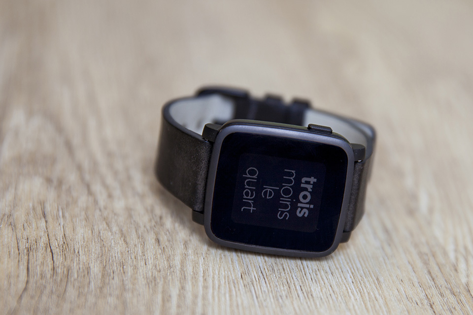 montre pebble smartwatch time connecte