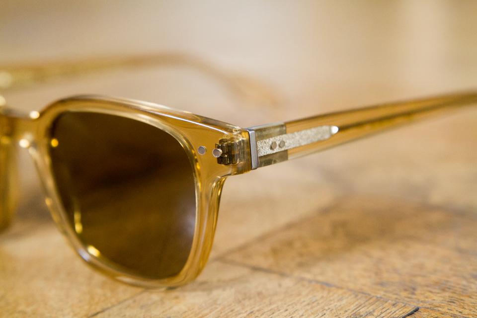 Vinyl factory lunettes acetate