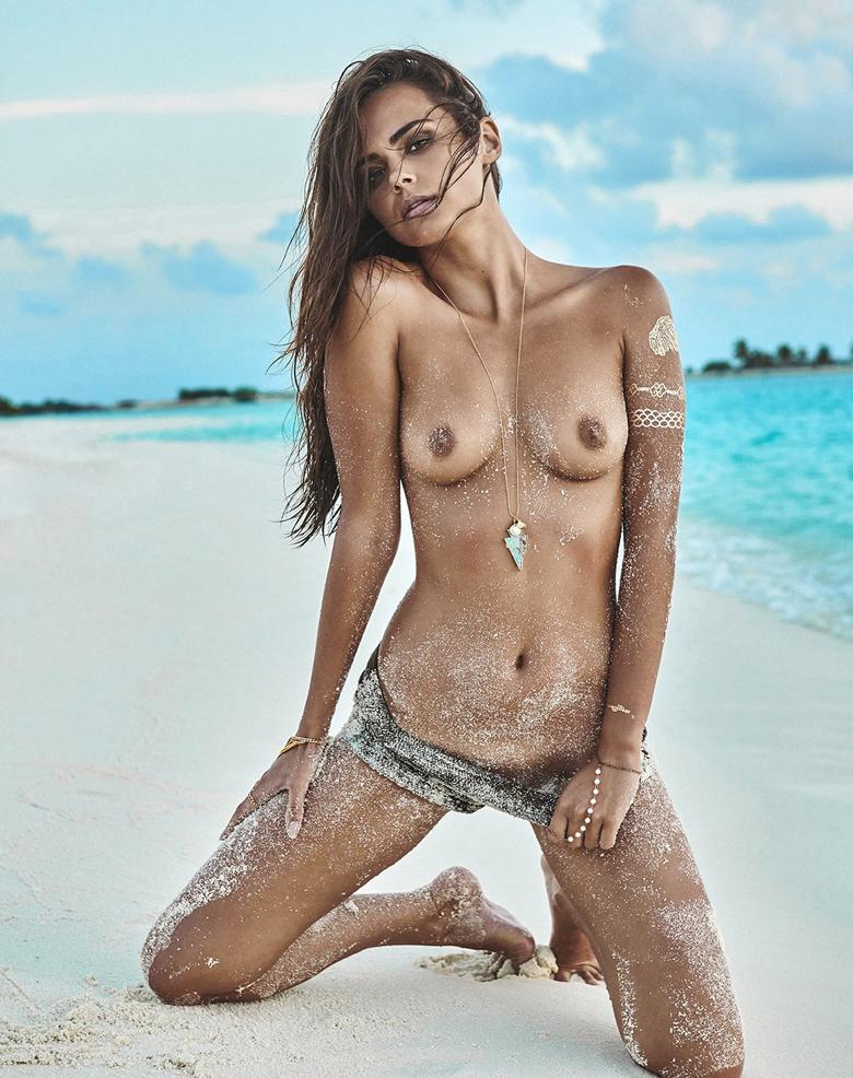 Xenia Deli sexy
