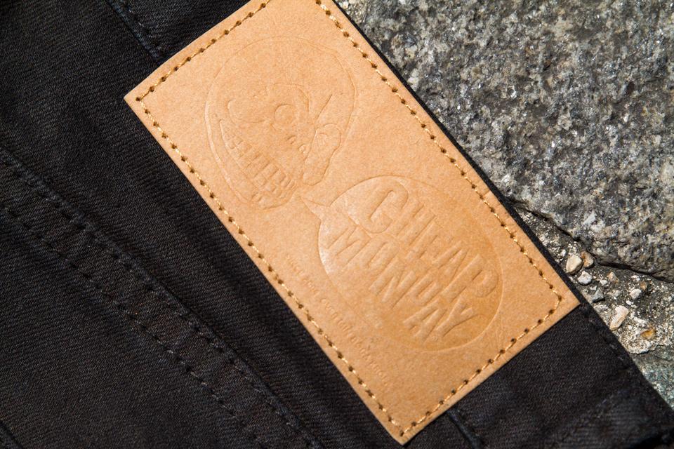 jeans cheap monday patch cuir
