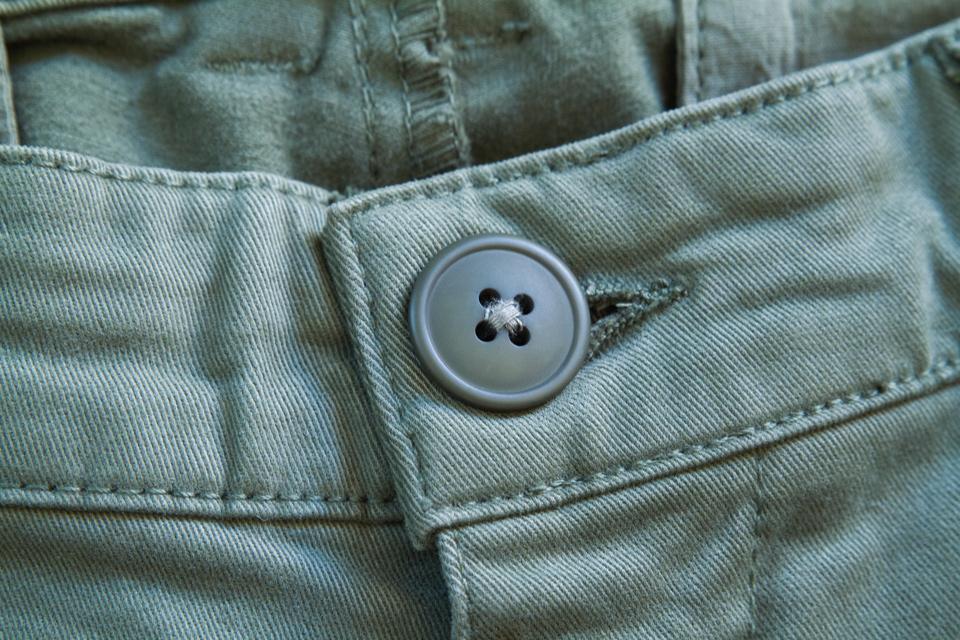 bouton chino acolyte