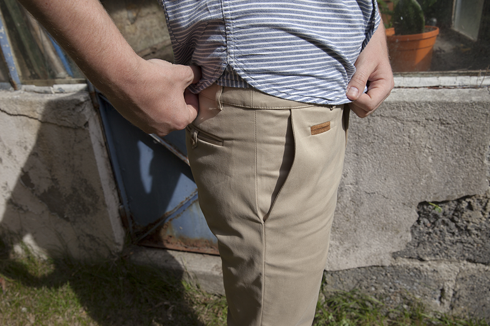Chino Gastby Close Coin Pocket