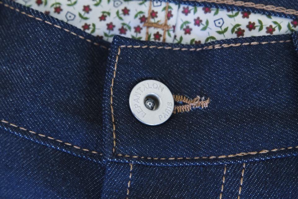 bouton jeans le pantalon