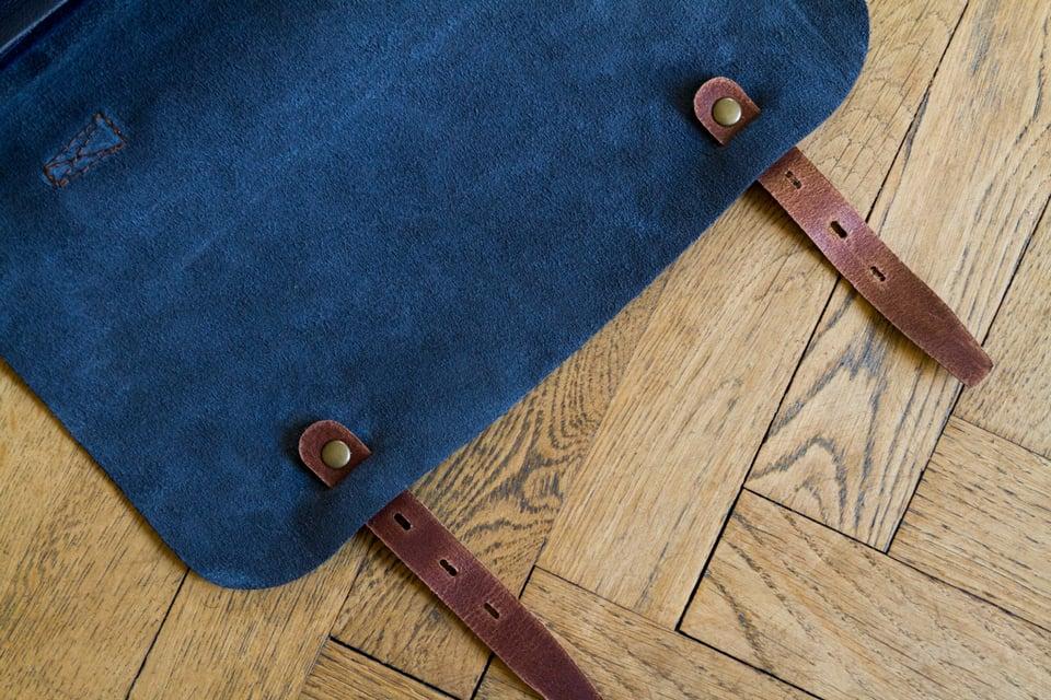doublure cuir retourne bleu de chauffe