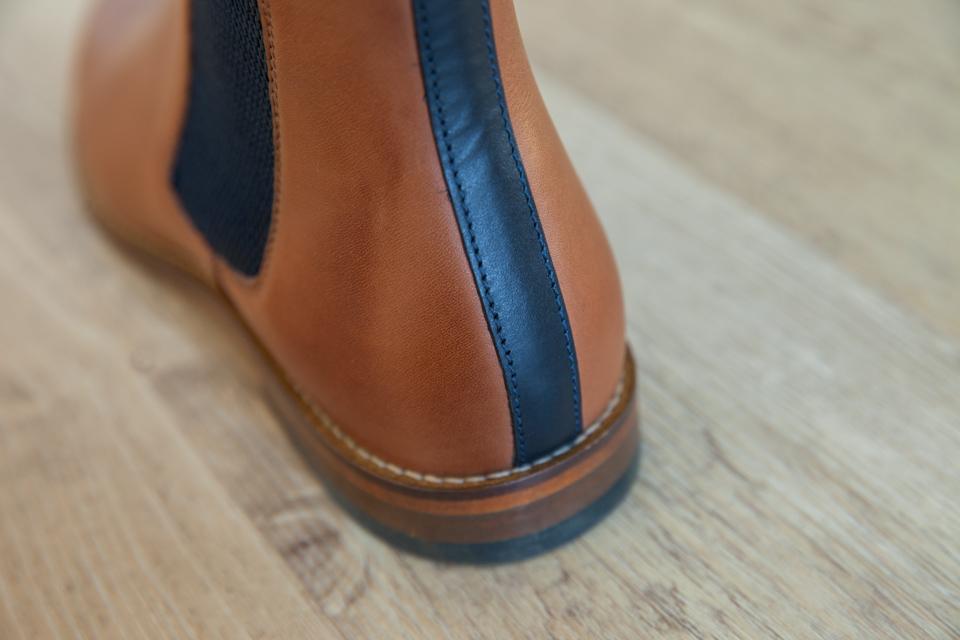 contrefort chelsea boots pied de biche