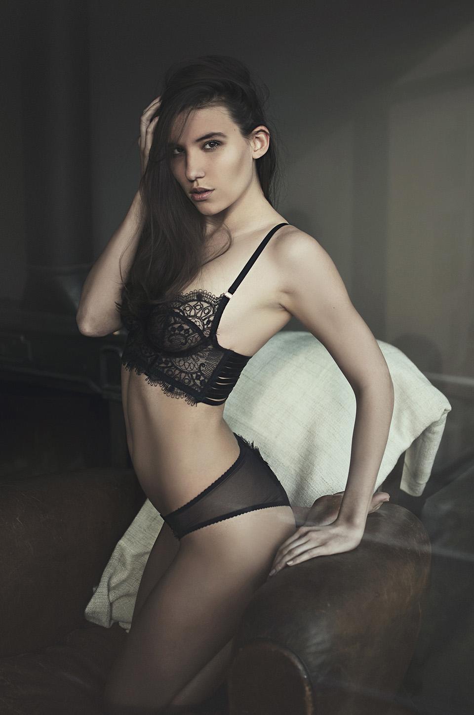 brigade mondaine mathilde simon frederic noyon lingerie