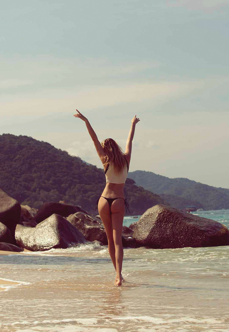hailey clauson swimsuit