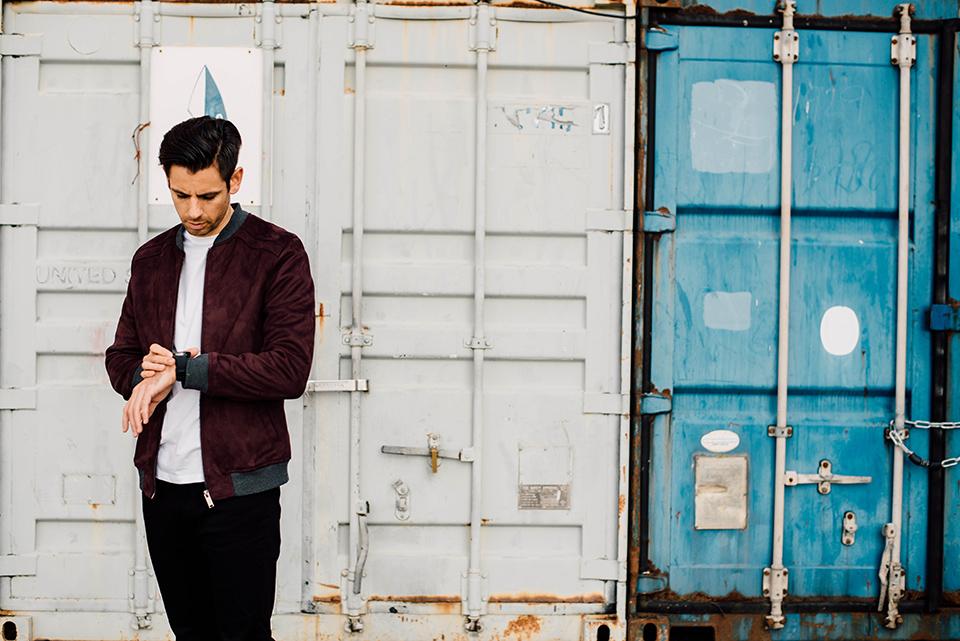 samsung gear s 3 streetwear look