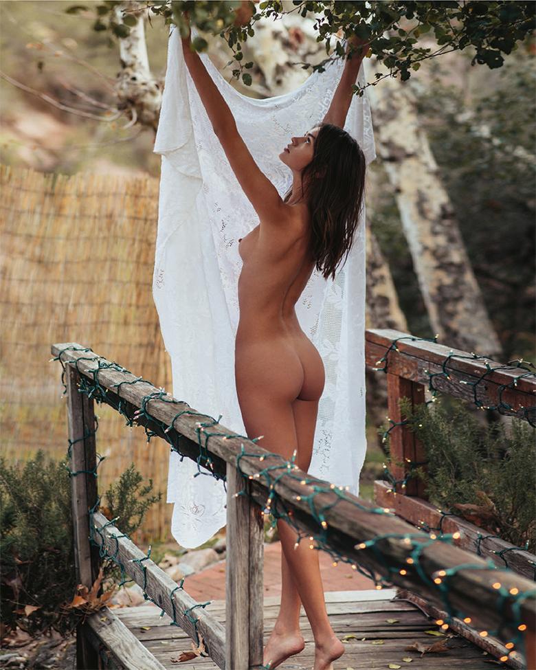 beat muska naked