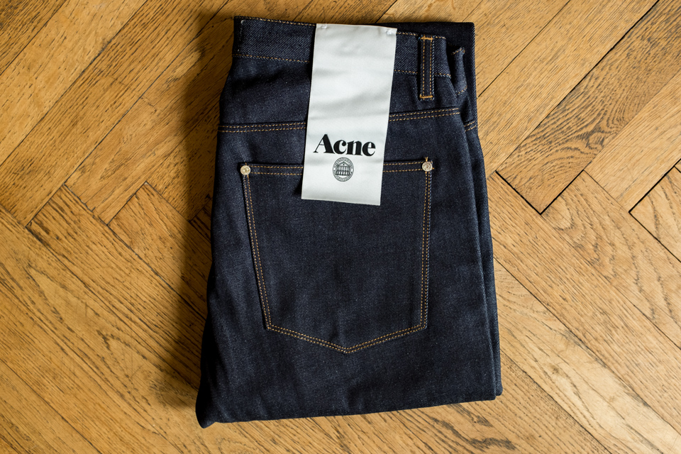 jeans acne max raw test