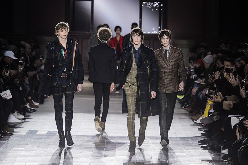 0732bcb83a6e Fashion Week de Paris   quelles tendances pour l Automne Hiver 2017-2018