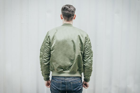 alpha industries bomber dos
