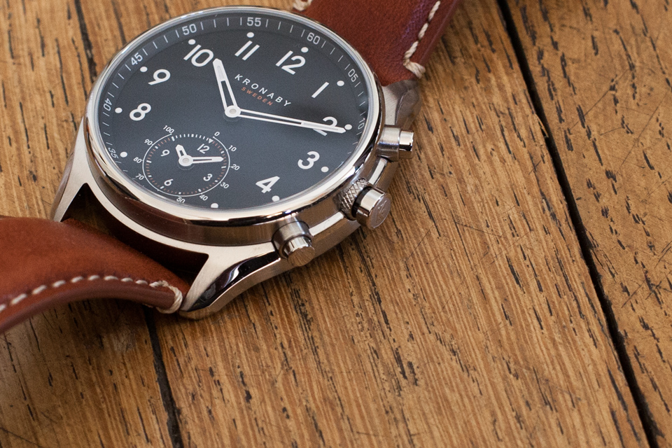 boutons montre kronaby apex