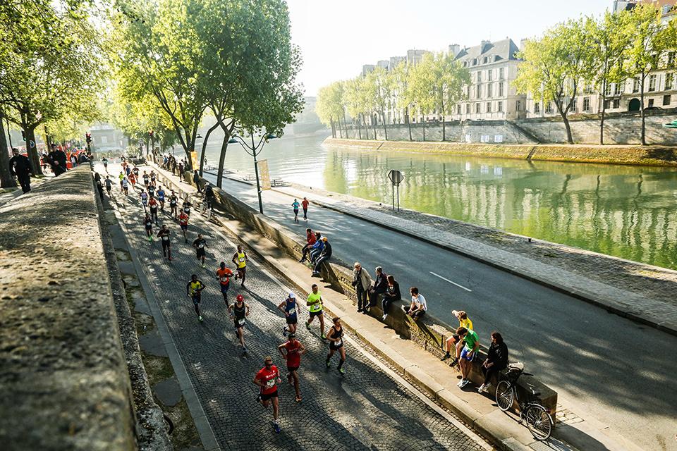 Marathon de Paris début quais
