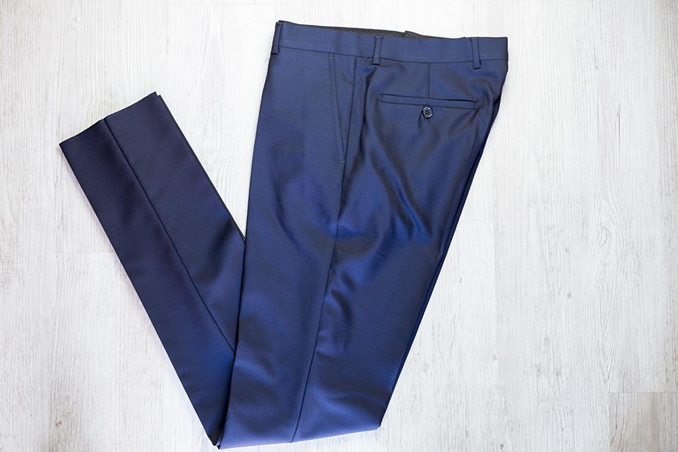 Drapeau Noir Pantalon Plie