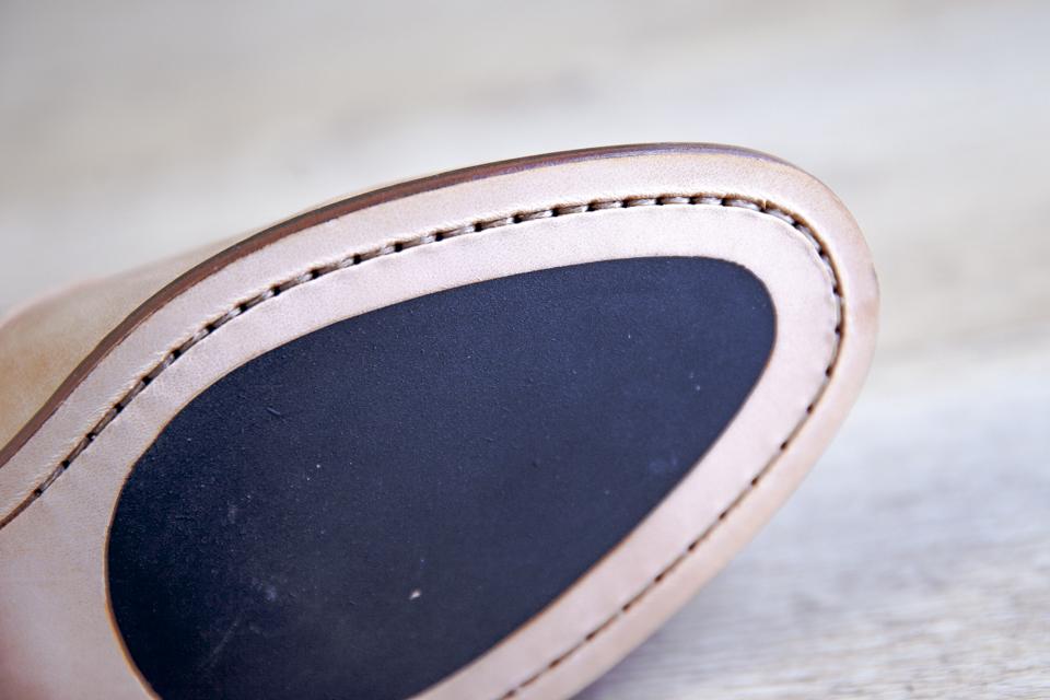 Boucles Pied De Biche Semelles Coutures