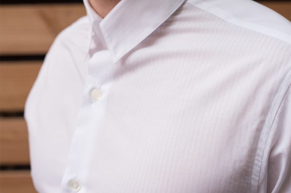 detail tissu chemise thomas blanche agnes b
