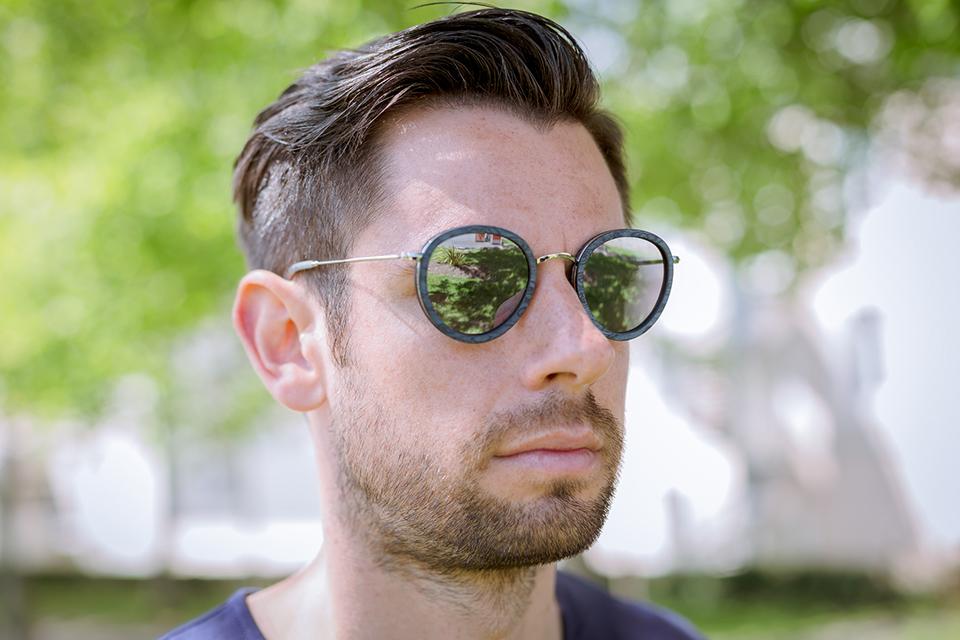 lunettes rezin lloyd frene bleu porte face