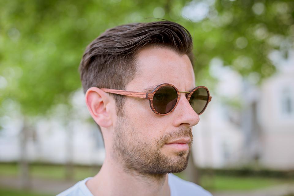 lunettes rezin oly acajou porte profil