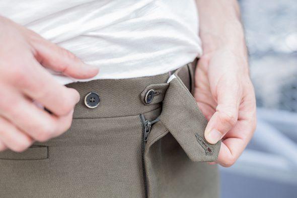 manufacture costume pantalon porte bouton invisible