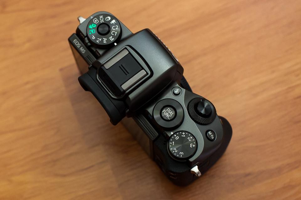 molettes canon eos m5