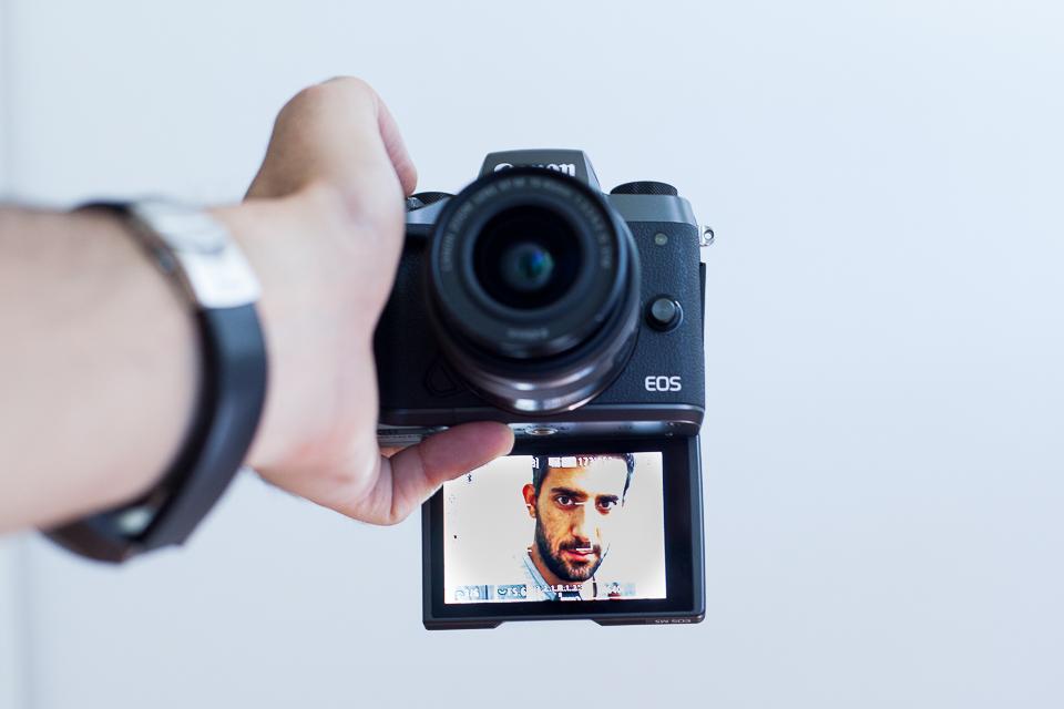 selfie canon eos m5