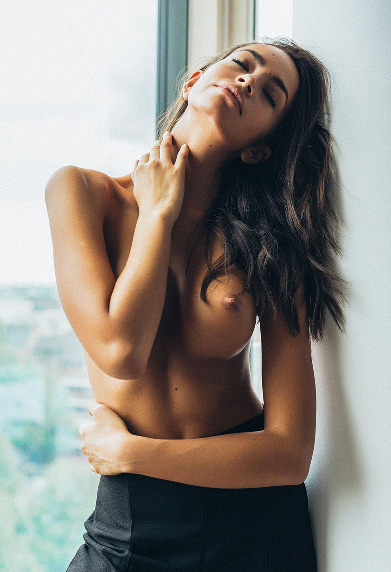 Arielle Panta Boob