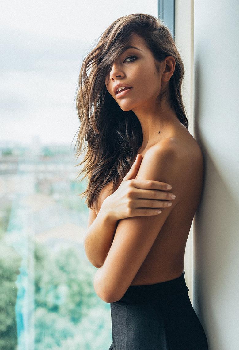 Arielle Panta Topless Sexy