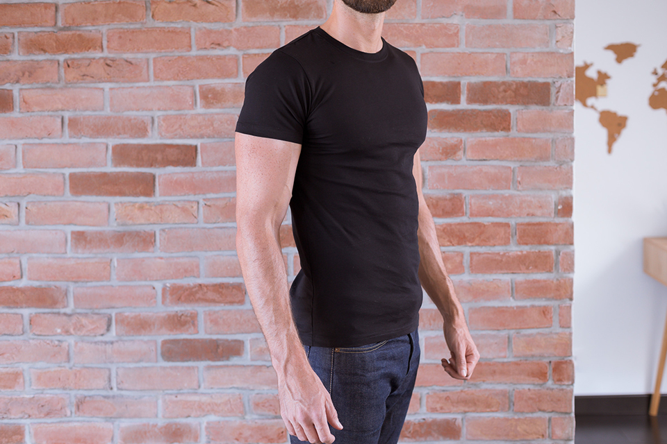 Le Basiq Tshirt Noir Porte Profil