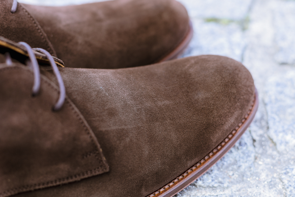 jules jenn desert boots details