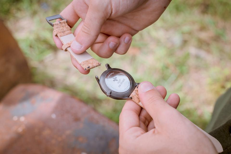 Montre Aight Detail Clip Bracelet