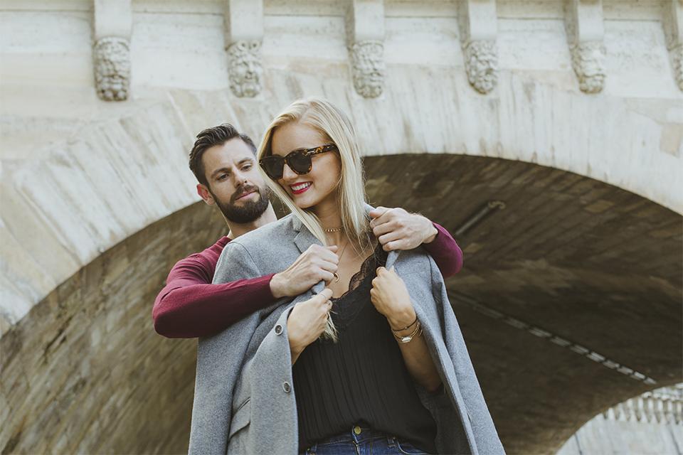Paris couple photo