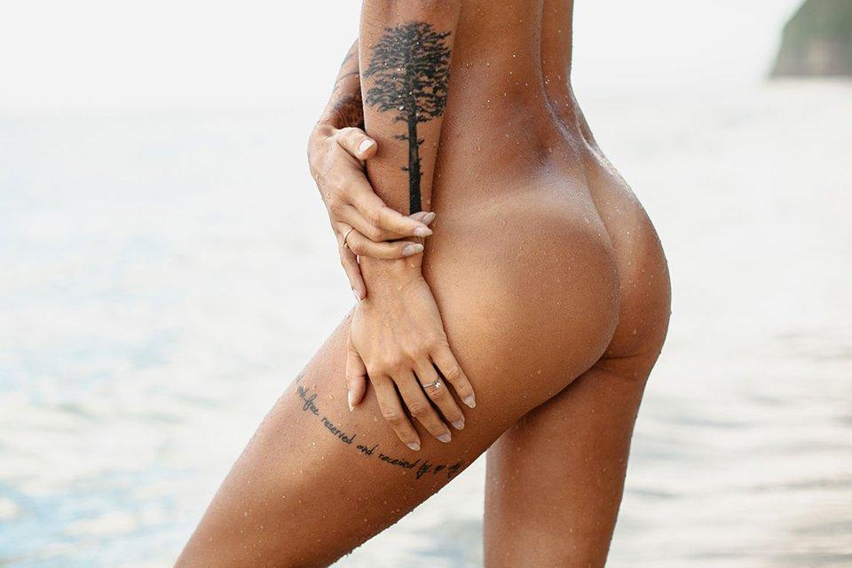 Mina Hot Ass Legs Naked