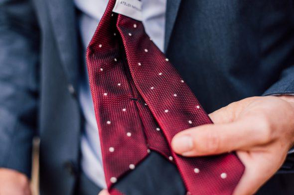 finitions cravate grenadine de soie atelier particulier