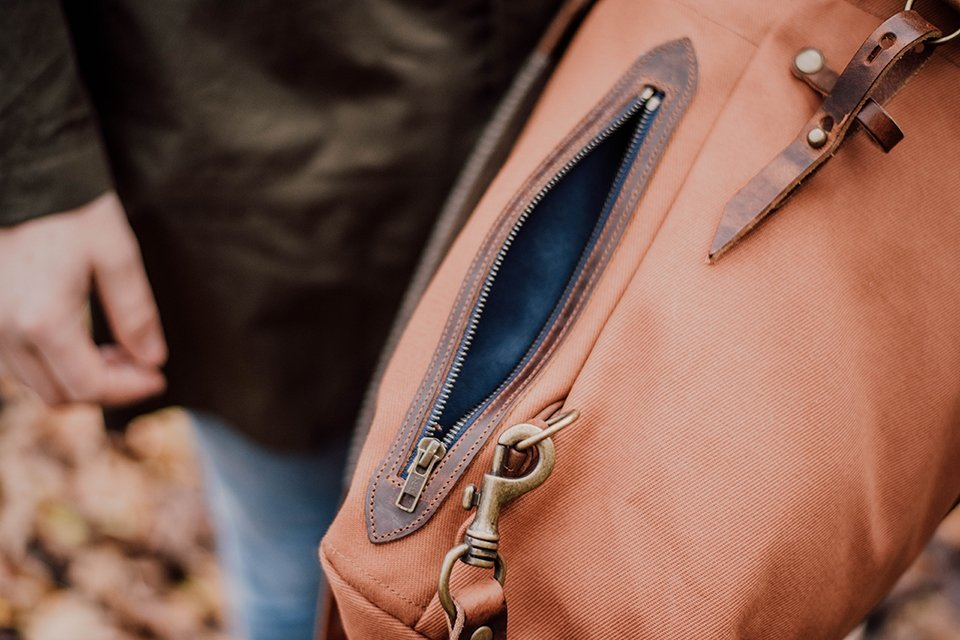 pochette zip sac woody