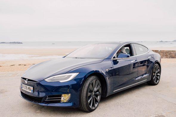 Tesla Model S avant